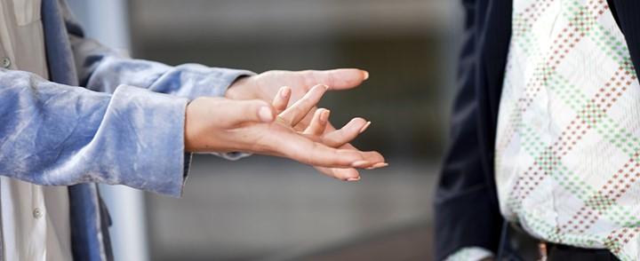 Verbale en non-verbale communicatie bij de cursus Neurolinguïstisch Programmeren (NLP)