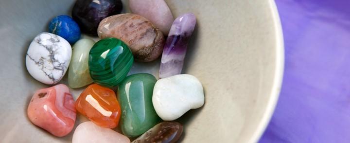 De heilzame kracht van edelstenen en kristallen bij de opleiding Edelsteentherapie